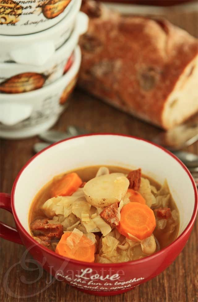 Rustic cabbage vegetable soup #recipe