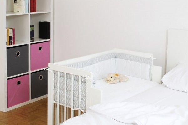 Baby Kind In 2020 Beistellbett Ikea Malm Bett Malm Bett