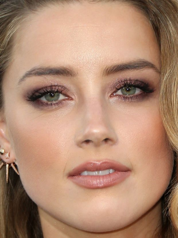 Amber Heard at the 2015 premiere of 'Magic Mike XXL'. http://beautyeditor.ca/2015/07/09/blush-mistakes