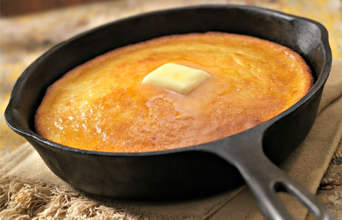 If you've ever lived in the south, you know we love our cornbread. Now, you might be tempted to buy yours from a store in one of those little boxes, but Don't Do It. It's way too easy to make this simple southern cornbread, and your family and guests will love the delicious taste of homemade. Enjoy! What You Need To Make Simple Southern Cornbread: 1/4 cup bacon drippings or oil 2 cups self rising cornmeal mix 1 1/2 cups buttermilk 2 large eggs, lightly beaten 1/2 teaspoon baking soda 1/2…