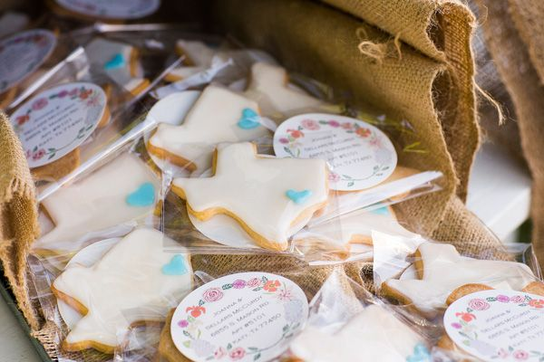 Wedding Take Home Gifts: 17 Best Images About Cookie Favor On Pinterest