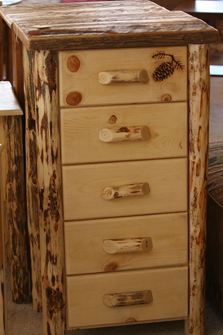 5 Drawer Log Lingerie Chest With A Thick Barn Wood Top And Pine Cone  Silhouette