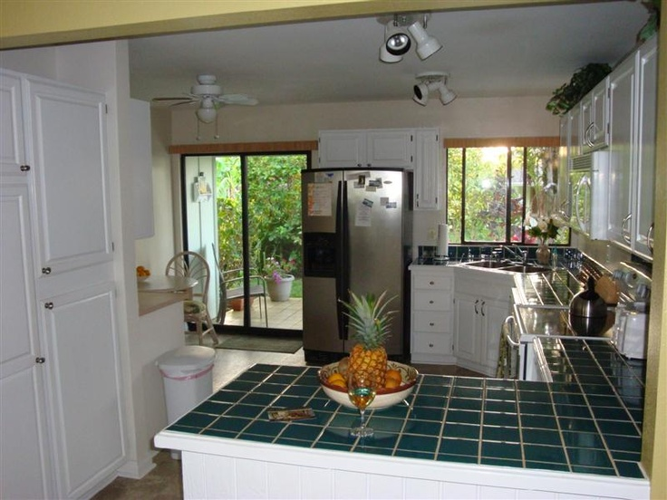 Tropical Island Kitchen : Large tropical kitchen for island delights! Kauai vacation rental home ...
