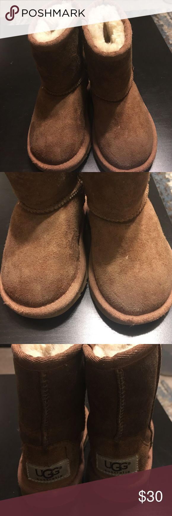 Kids ugg boots Kids ugg boots,excellent condition,need to be cleaned a little. UGG Shoes