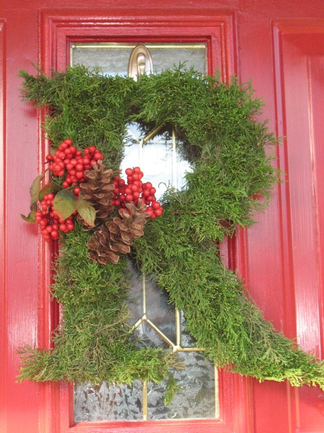 1000 ideas about letter wreath on pinterest twine for Alphabet christmas wreath