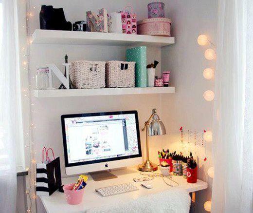 Интерьер комнаты для девушки в современном стиле - фото