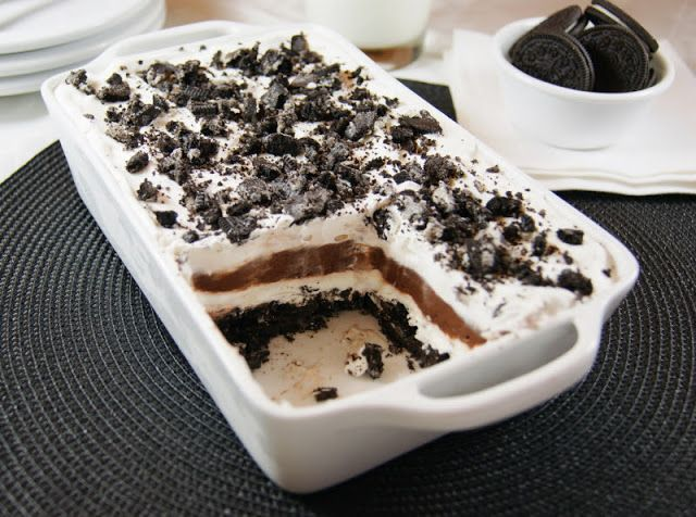 The Kitchen is My Playground: Classic Oreo Icebox Dessert