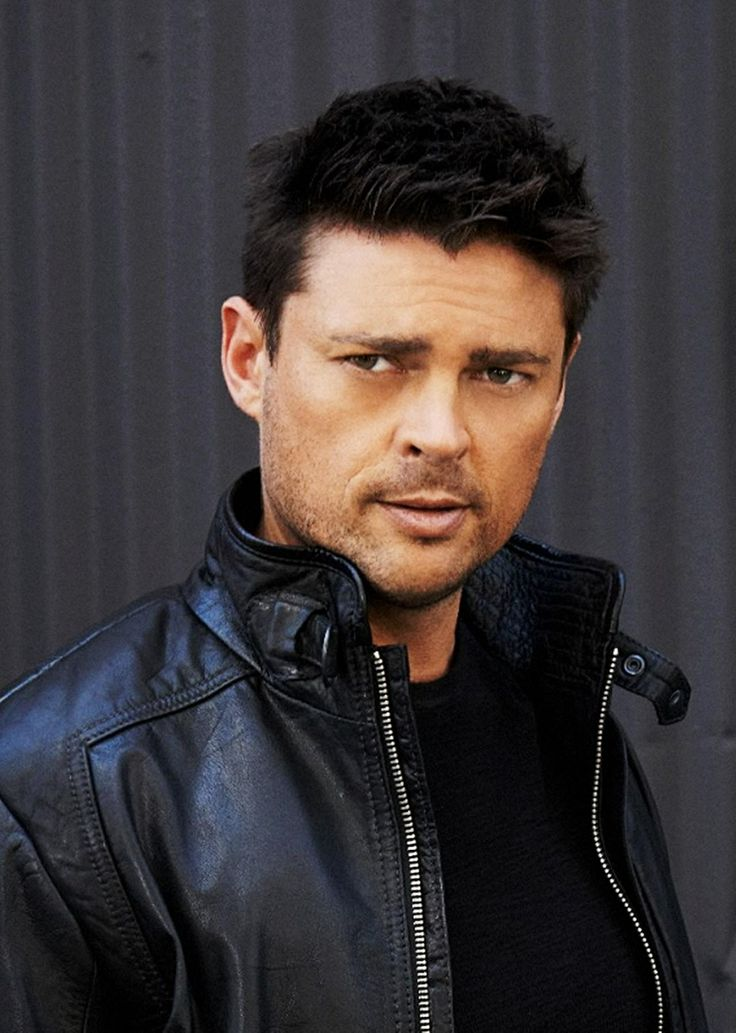 Karl Urban.............beautiful :)                                                                                                                                                                                 More