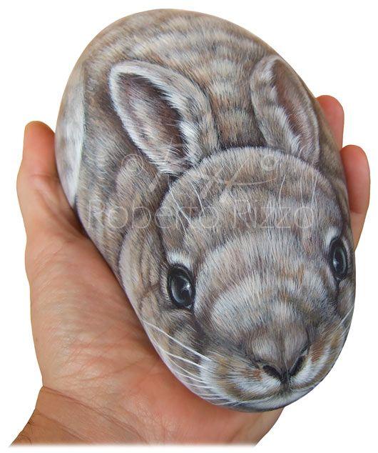 Rabbit - acrylic on rock - cm. 20 | Rock Painting Art by Roberto Rizzo | www.robertorizzo.com | facebook.com/robertorizzoart