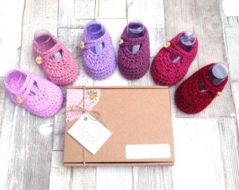 Baby girl shoes crocheted booties mary jane shoes pink red purple 0-3 newborn gift set UK baby booties gift boxed mary jane crochet shoes