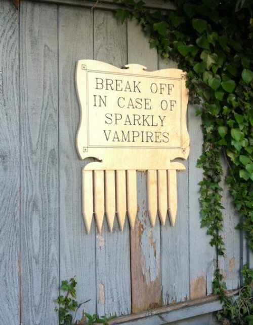 Lessons from Buffy: Break Off In Case of Sparkly Vampires