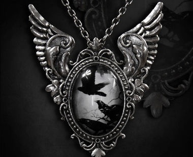 Flying Raven 2 in 1 Gothic Pendant & Brooch - $19