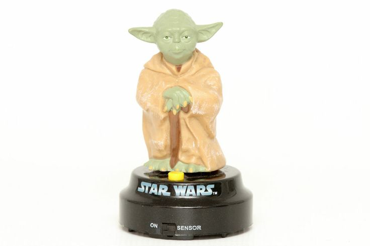 Star Wars 2006 Talking Yoda Desk Statue Toy - See video of him talking.