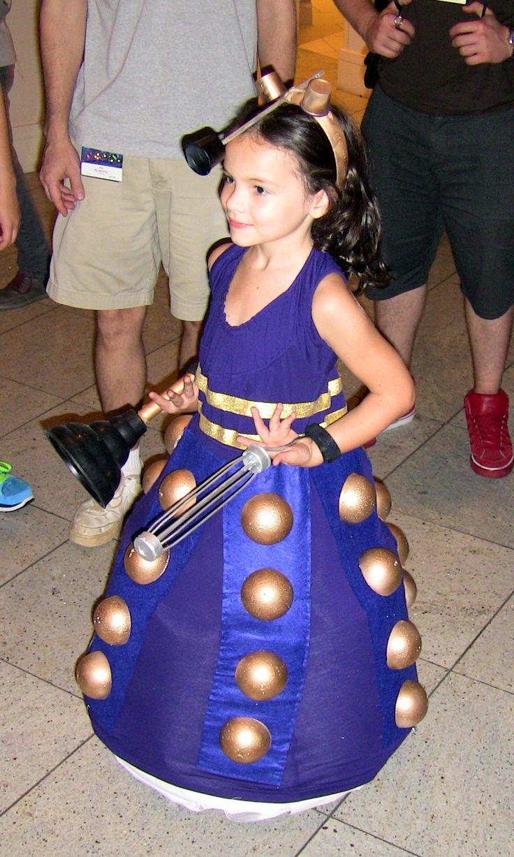 Pix For > Dalek Costume Diy
