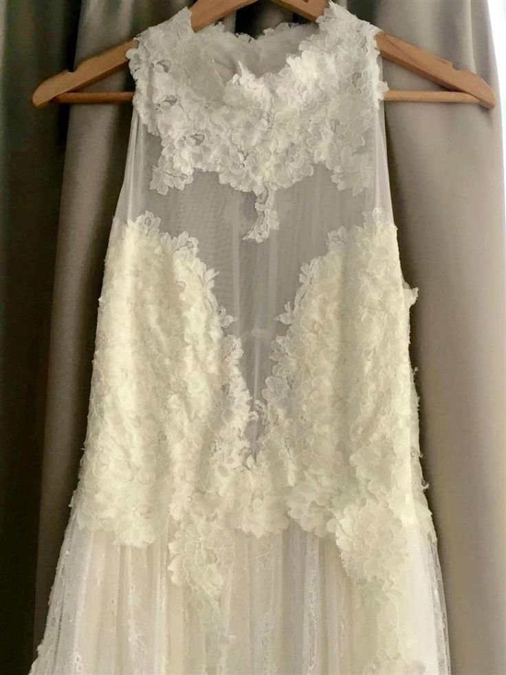 """Eliza-Jane described her wedding to now hubby, Darius as """"very intimate and a true reflection of our couple style. www.whenfreddiemetlilly.com.au Briella Bridal Gown"""