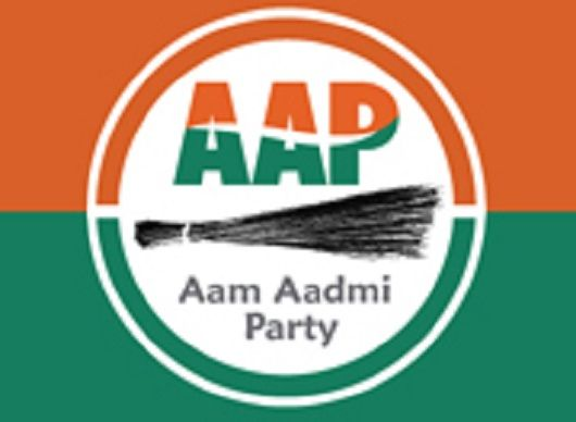 Bollywood Singer Jaspinder Narula quits Aam Aadmi Party (AAP) - http://www.sikhsiyasat.net/2014/03/18/bollywood-singer-jaspinder-narula-quits-aam-aadmi-party-aap/