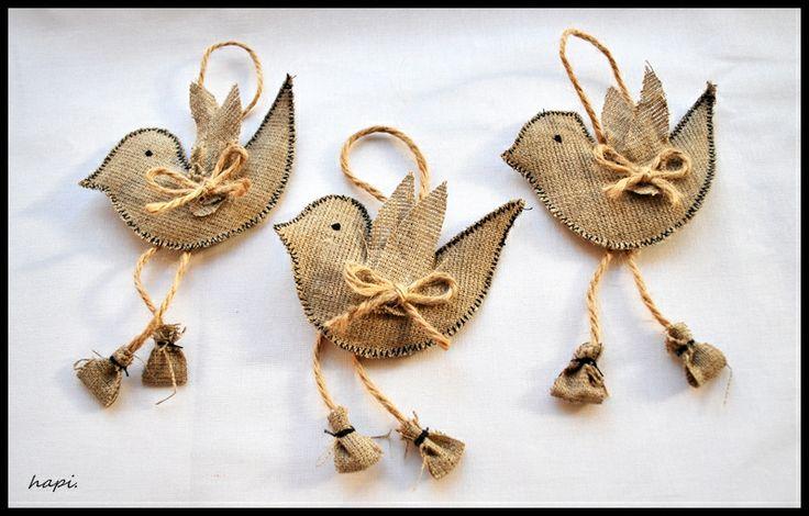 burlap birds :) https://www.facebook.com/hapi62