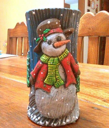 Navidad 2015. Vela tallada decorativa de Hombre de Nieve, elaborada artesanalmente por Yalitza Rojas, mi hermana! #Decoracion #Navidad #Velas