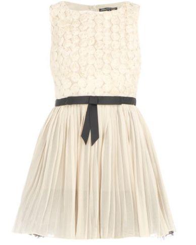love love this dress