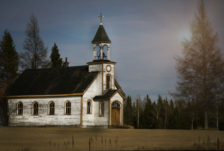 Abandoned school house near Dryden, Ontario. I know, I know...but it would make a lovely church