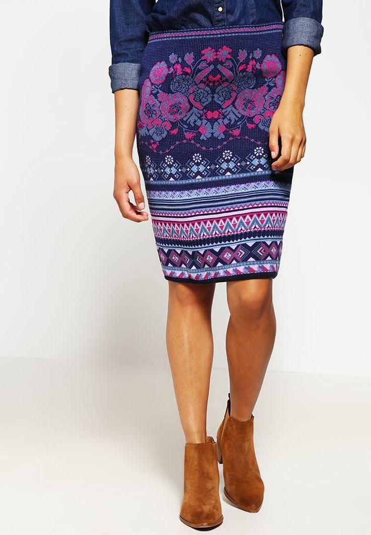 Vêtements KOOI Jupe crayon - purple violet: 70,00 € chez Zalando (au 24/10/16). Livraison et retours gratuits et service client gratuit au 0800 915 207.