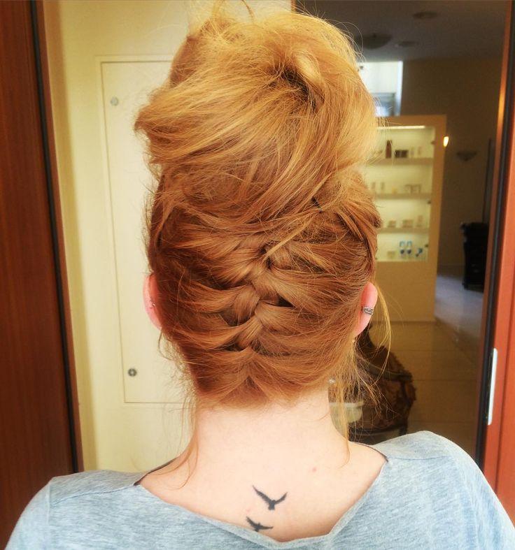 #fryzura #hairstyle #hair #warkocz #dobryfryzjer #DSInstytut #TuSieCzesze #rudewlosy #ruda #fryzjerwarszawa #tatuaż #tattoobird #kok #salonfryzjerski