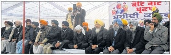 Aam Aadmi Party raised 'forced conversions', drug issue during Fatehgarh Sahib Shaheedi Sabha - http://sikhsiyasat.net/2014/12/28/aam-aadmi-party-raised-forced-conversions-drug-issue-during-fatehgarh-sahib-shaheedi-sabha/