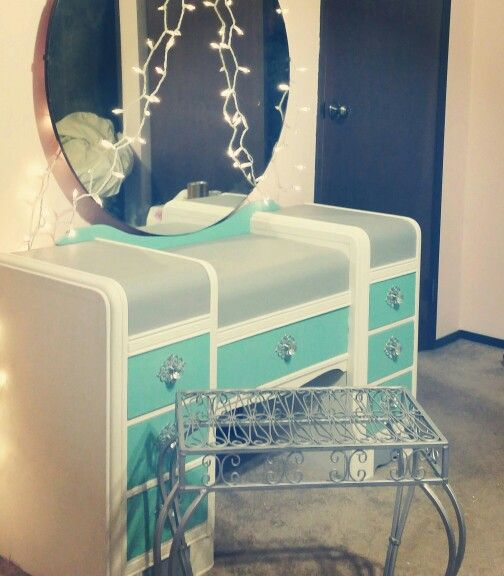 Beginners first Refinished vintage Waterfall vanity. custom makeup Vanity makeover. Repainted after repaired. Beautiful art deco style. Perfect for a girls frozen bedroom theme or Art Deco style bedroom :)