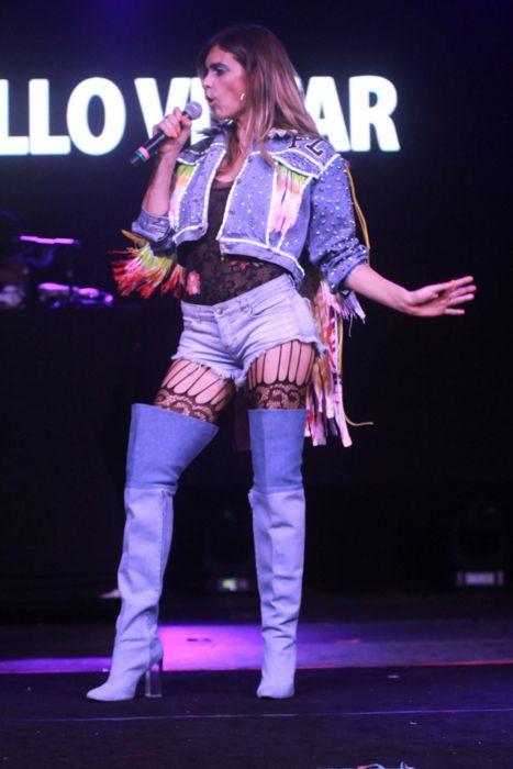 Body rendado inteiro usado por Fernanda Lima no Milkshake Festival é forte tendência entre as fashionistas. Veja como usar na Lamant blog.