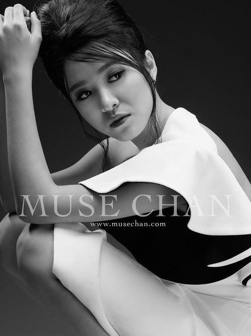 Kaman Kong - Muse Chan | Style - pose | Muse, Photography ...