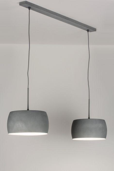 español / Spain . tienda online : Haga clic en este enlace .https://www.lumidora.com/es/artikel/Lampara_colgante-72400-Moderno-Contemporaneo_Clasico-Rural_rustico-Diseno-Retro-Aspecto_industrial-Gris_cemento-Aluminio-Redonda-Oblongo Sin gastos de envío E-mail: es@lumidora.com .. Adecuado para LED Una hermosa lámpara colgante de un diseñador Sueco, con un precio Holandés. Total Ancho: 115.00 cm Estas pantallas de aluminio tienen un diseño compacto y están acabadas en color cemento.