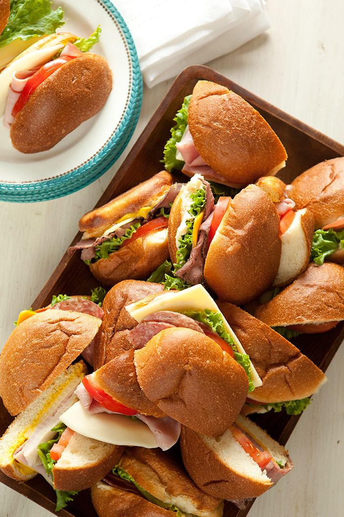 Check out these 8 Newport Beach Picnic Picks!