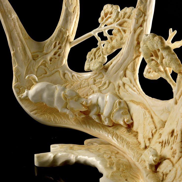 резное изделие из огромной кости фото мужского гардероба