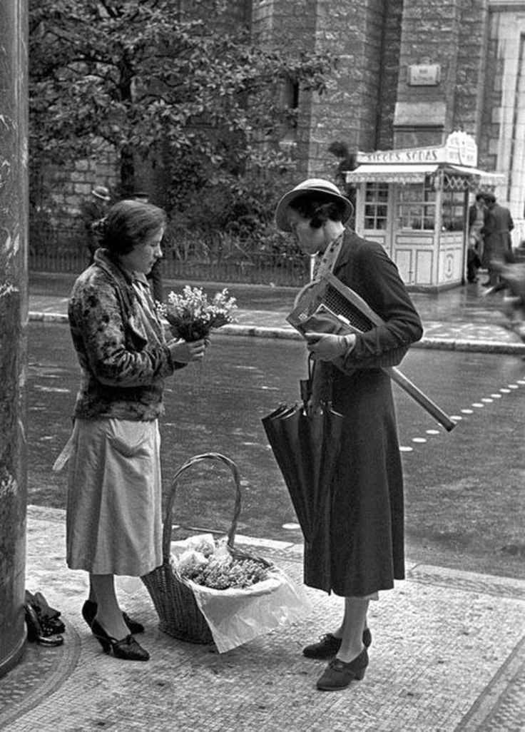 30 Amazing Photographs Showing Everyday Life in France in the early 1930s