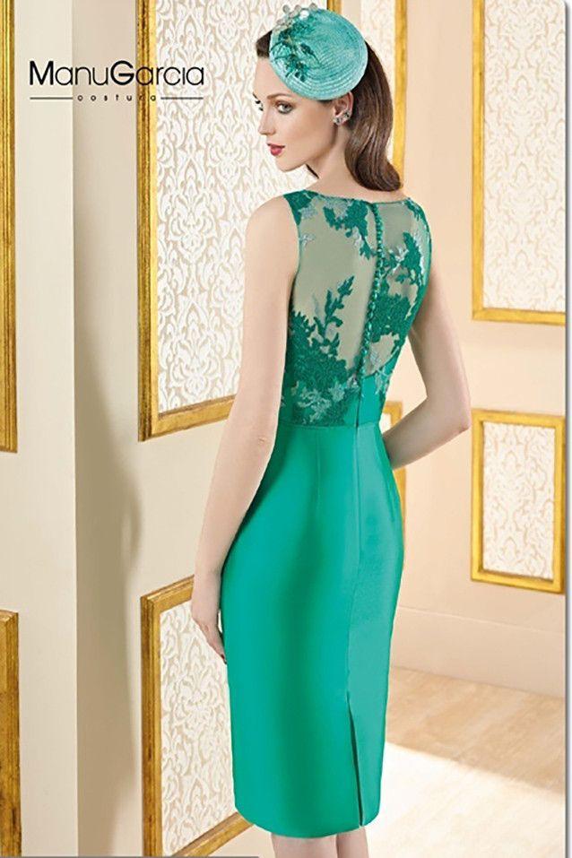 Vestido recto cortorealizado en chantilly con sobre falda en mikado,color verde esmeralda Colección2017 de Higar Fiesta  Cambios y devoluciones...