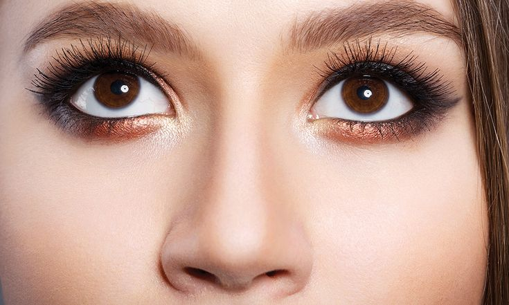 Trucco occhi sporgenti: come truccare gli occhi a palla - http://www.beautydea.it/trucco-occhi-sporgenti-a-palla/ - Avete gli occhi tondi grandi? Con il giusto trucco correttivo è possibile cancellare questo piccolo difetto, allungando la forma dell'occhio e valorizzandolo.