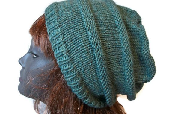 Slouch Hat, Woodland green, Hand knitted