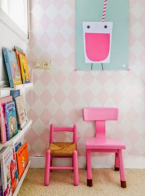 adorable reading corner