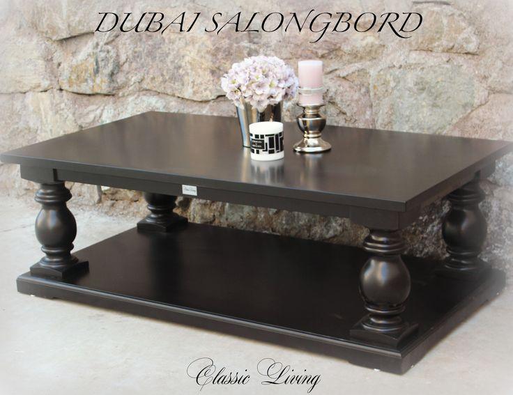 Dubai Salongbord  med søyler i (helsort) fra Classic Living.   https://classic-living.no/collections/bord/products/dubai-salongbord-helsort-1