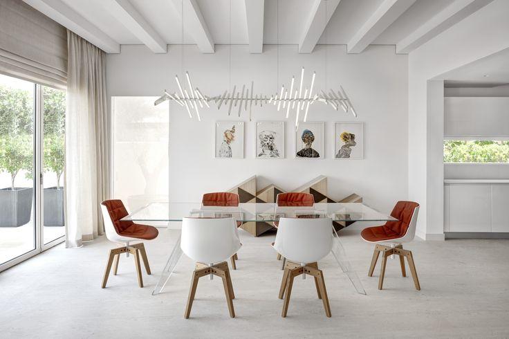 Architect: VSHD Design Dubai  #mdfitalia #diningroom #diningroomideas #table #chair