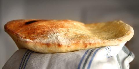 Nanbrød - Her er den lettvinte oppskriften på nanbrød.