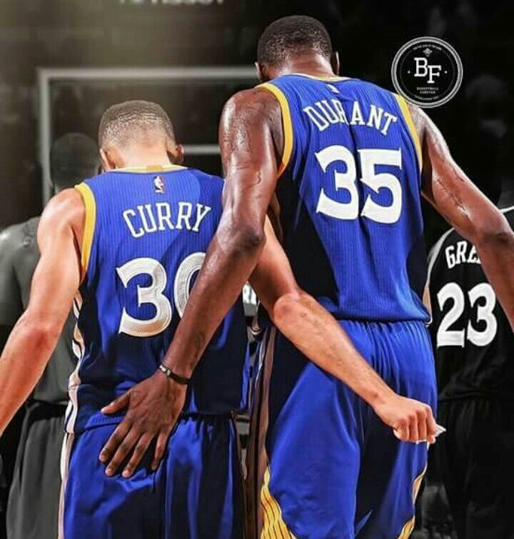 Stephen Curry and Kevin Durant my two favorite players and both playing the Same side - LKP ❤️