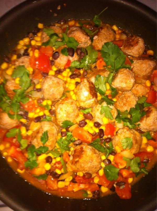 ... www.cleaneatingmag.com/Recipes/Recipe/Southwest-Meatball-Skillet.aspx