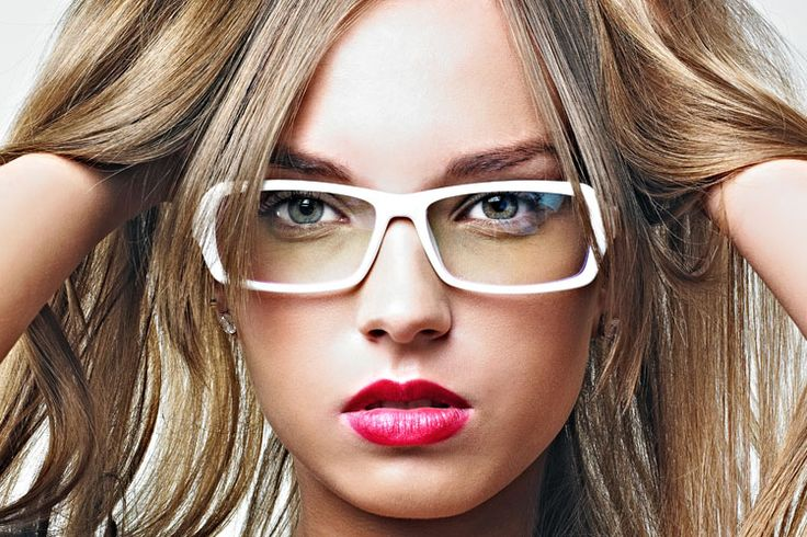 Women are now discovering that wearing glasses makes them look prettier and sexier than wearing contacts. But the gripe is that though glasses look cute, they block or take attention away from makeup. Here's a quick guide that will help you look sassier behind your windows: