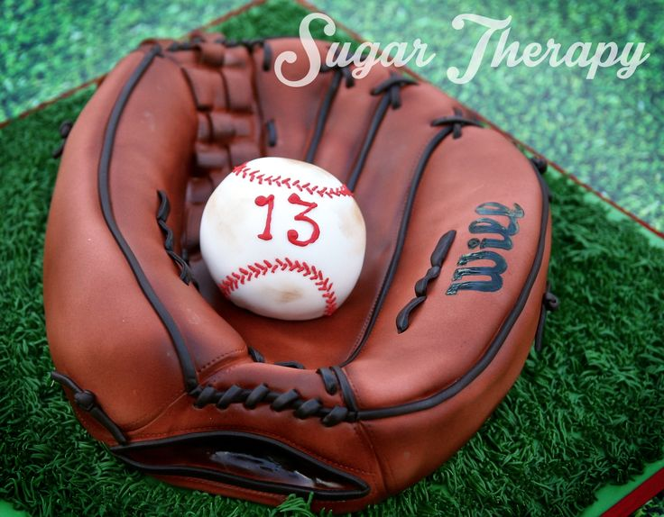 Baseball glove cake by Sugar Therapy.