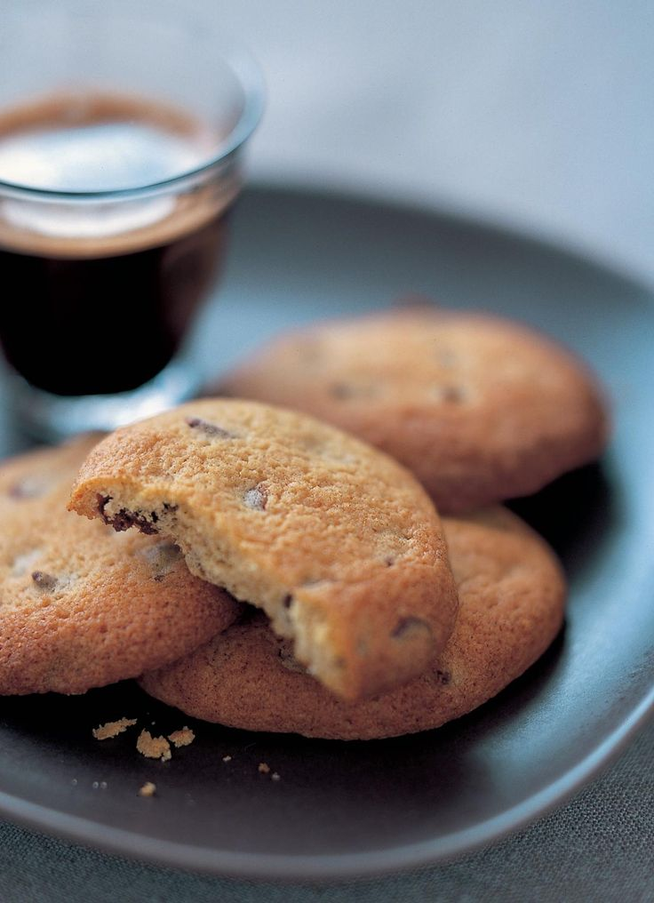 Mary Berry's Chocolate Chip Cookies - The Happy Foodie