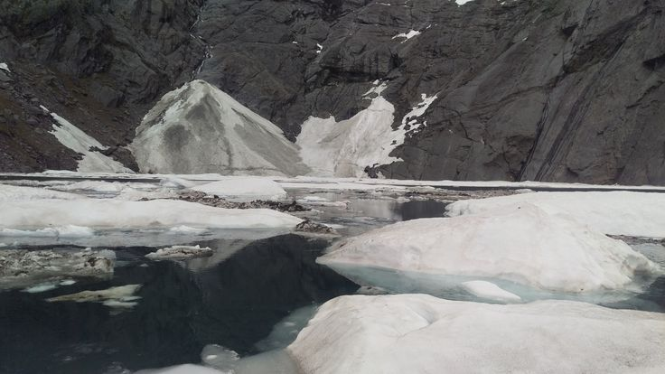 In early Summer you can still see icebergs floating in Lake Crucible in Mt Aspiring National Park.