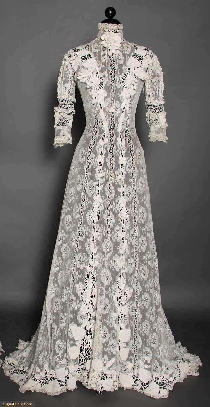 IRISH CROCHET & VAL LACE GOWN, c. 1905 1 piece, alternating vertical bands of Valenciennes & torchon lace w/ handmade Irish lace appliques in 3-D vine & flower motifs, princess lines, trained skirt