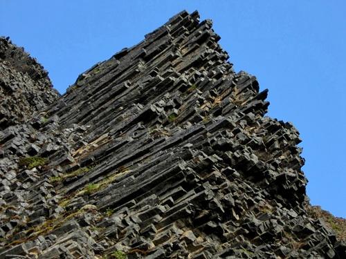 Columnar Jointed Flow Banded Rhyolite Geology