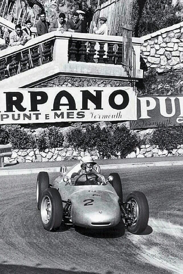 1961 Monaco Gp Swedish Driver Jo Bonnier Piloting His Porsche 787 Through The Hairpin On The Narrow Classic Racing Cars Sports Car Racing Grand Prix Racing
